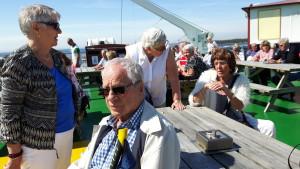 I solen på akterdäck - Gertrud, Bengt, Eva och Stina